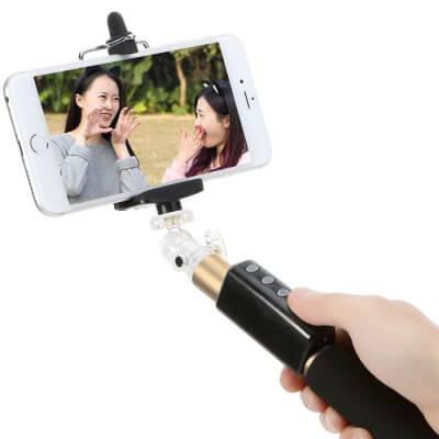 Bluetooth Selfie